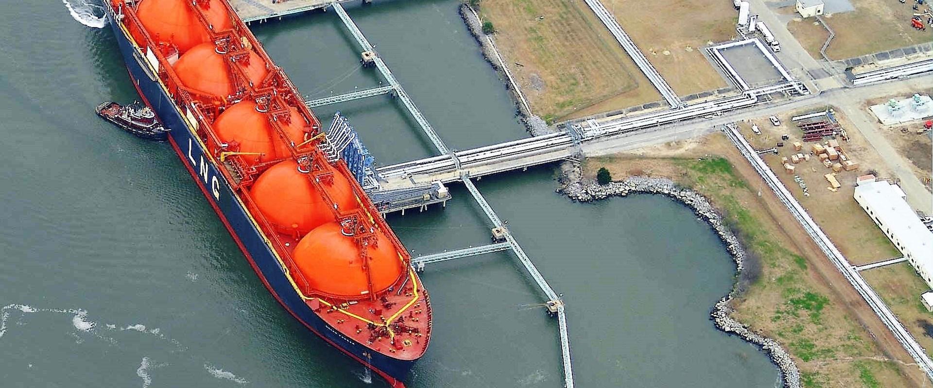 LNG jetty